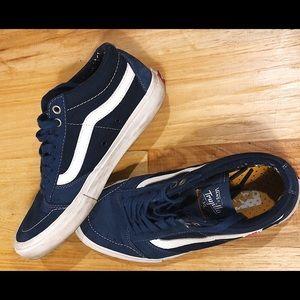 Tony Trujillo's TNT SG blue & white shoe Vans - 9